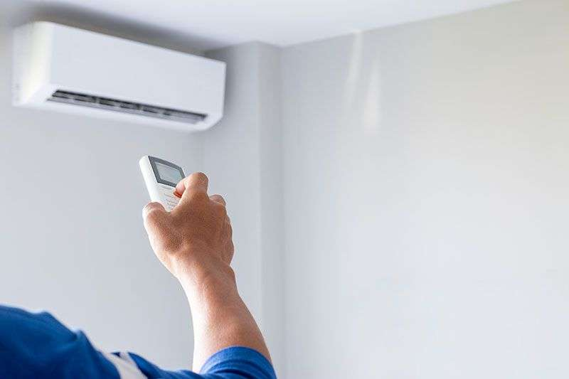 Inverter-Based-ACs-vs.-Regular-Air-Conditioners---Which-One-Is-Better